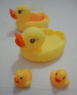 Duck Water TOY with 2 BABIES