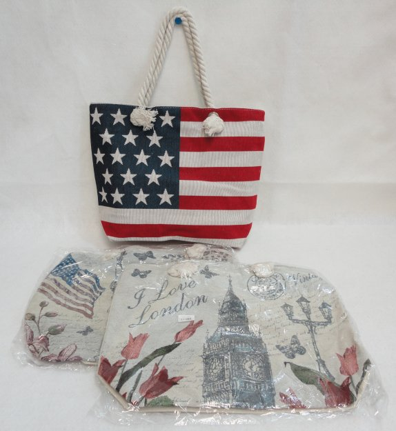 ''17''''x13'''' Zippered TAPESTRY Tote''