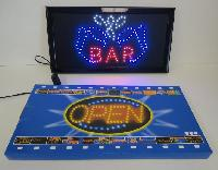 Light Up Sign-BAR w Beer Mugs