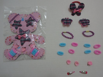 Child's Bear-Shaped 18pc Hair Accessory Kit