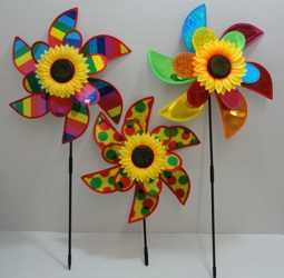"15"" Double Petal Wind Spinner w Sunflower [Rainbow Asst]"