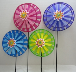 "13"" Round Double Wind Spinner w Flower"