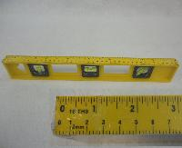 "16"" Plastic Level"